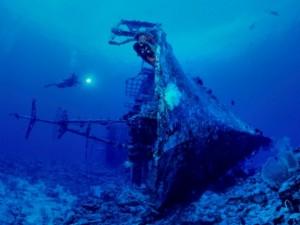 uchw-shipwreck-papua-new-guinea01